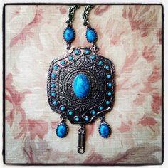 Stunning HUGE Vintage SILVER and Faux TURQUOISE Medallion BOHO Necklace. Make an incredible JUNK fashion statement this season. Neck JUNK. Find it at SOTO Lifestyle.