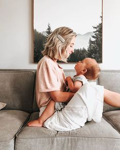 Hi, I'm Brooke and I have issues with changing out of the shirt I slept in the night before. Nice to meet you 🤗 Mama Baby, Mom And Baby, Mommy And Me, Foto Baby, Jolie Photo, Nice To Meet, Family Goals, Mother And Child, Baby Fever