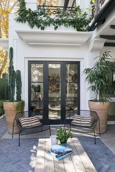 Patio Design, Exterior Design, House Design, Wood Design, Chair Design, Modern Design, Patio Interior, Interior And Exterior, Black Exterior
