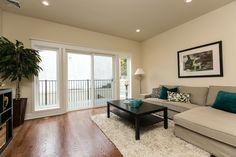 3811 Lauriston St. 19128 living room