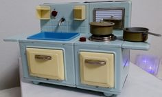 *****ANTIQUE***** HOLIDAY SINK STOVE COMBINATION***** ORIGINAL FACTORY BOX***** #HOLIDAY