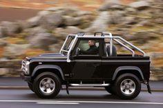 Land Rover Defender SVX,