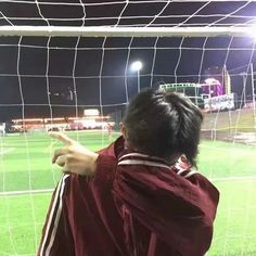 jason when he was in like grade coming to adrian's soccer games lol that gay awkward fuck gotta love em
