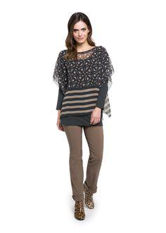 Coole feminine Blusen-Überwürfe in angesagten Prints findet Ihr beim Doris Streich Fachhändler. #plussizefashion #herbst
