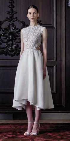 Monique Lhuillier Spring 2016 Wedding Dresses / http://www.himisspuff.com/monique-lhuillier-spring-2016-wedding-dresses/2/