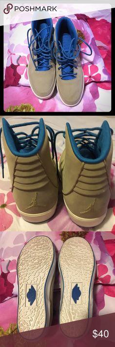 Jordan Men's Nike Grown V size 9.5 Gently used Jordan open to reasonable offers Jordan Shoes Sneakers