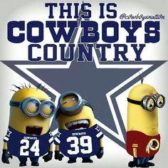 Minions. :) I am with you Minions GO COWBOYS!! Jugaron, se molestaron, volvieron a jugar...en fin divertidos al 100¡