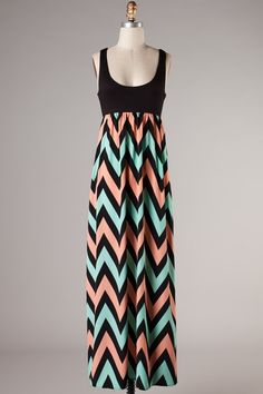 The perfect maxi.  I want this for this summer.  (http://www.fillyflair.com/plus-size-on-the-black-top-chevron-maxi-dress/)