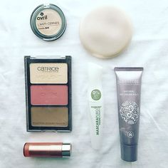 Make up del sabato sera 💄 . . #makeup #saturdaynight #makeupoftheday #anticernes #contouring #bbcream #instabeauty #instamood #essence #deborahmilano #nevecosmetics #benecos #catrice #avril #blogger