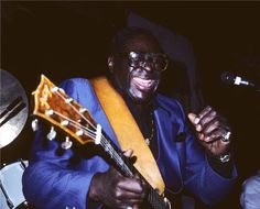 Albert King Blues Legend bending the note Guitar Guy, Albert King, Music Images, Jazz Blues, Band Photos, Cd Cover, African American History, Black History, Musica