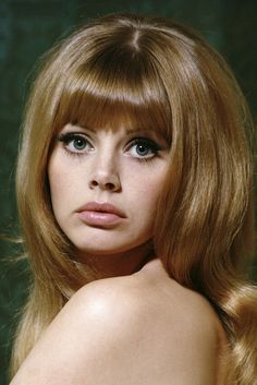 A stunning approx) photo poster of Britt Ekland. Britt Ekland, Healthy Weight Gain, Healthy Recipes For Weight Loss, Beauty Blender Holder, Diy Beauty Face, Photo Star, Modest Dresses Casual, Marianne Faithfull, Vintage Instagram