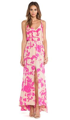 ::Maxi dresses are so chic and this floral pink one is a complete show stopper!::