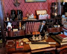 Sherlock Holmes' desk in the Sherlock Holmes Museum. I want everything!