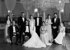 47 Super Ideas For Wedding Bridal Party Photos Group Shots Pictures Wedding Photo Group Shots, Indoor Wedding Photos, Wedding Pictures, Bridal Party Poses, Wedding Poses, Wedding Ideas, Trendy Wedding, Wedding Family Poses, Diy Wedding