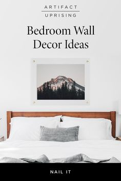 Together with our friends at Parachute, we've gathered bedroom wall decor inspiration and tips to tackle during your time spent at home — from picture frames on the bedroom wall or decor ideas you can create on your own. Bedroom Wall Designs, Diy Bedroom Decor, Home Decor, Big Girl Rooms, Cozy Room, Minimalist Bedroom, Apartment Living, Decoration, Decor Ideas