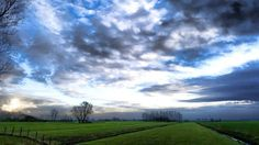 """56 Likes, 1 Comments - little muisje's Art (@little.muisje) on Instagram: """"Another pic from #Vianen. Quite a sky today and windy too. Got a few new and fresh ideas which will…"""""""