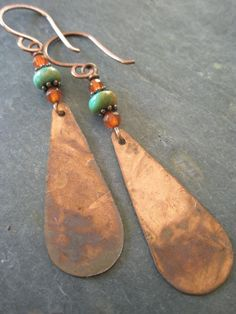 Turquoise Earrings OOAK Hammered and Patina Copper por esdesigns65