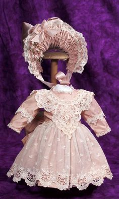 Lot: SILK TAFFETA AND LACE DOLL DRESS WITH MATCHING BONNET., Lot Number: 0059, Starting Bid: $75, Auctioneer: Frasher's Doll Auction, Auction: Dolls - We must be pretty for Kansas City, Date: July 15th, 2015 MDT Peasant Dress Patterns, Doll Dress Patterns, Fantasias Halloween, Silk Taffeta, Dress Tutorials, Doll Costume, Antique Clothing, Little Girl Dresses, Antique Dolls