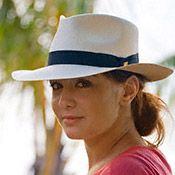 El color de su sombrero debe complementar o adular su tono de piel.