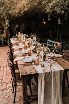romantic hobo style wedding table settings in terracotta color Wedding Reception Decorations, Wedding Table, Table Decorations, Reception Table, Farm Wedding, Gown Wedding, Wedding Cakes, Wedding Rings, Wedding Dresses