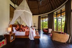 Home-Styling: Magnificent Houses - Bali Style * Estilo Bali