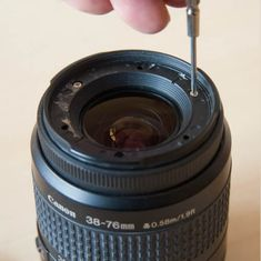 Turn an Old Kit Lens Into a Macro Lens by Removing the Front Element