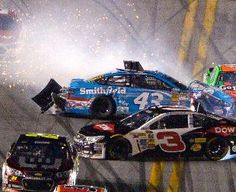 Danica Patrick, Austin Dillon involved in big crash at Daytona -- Nascar Crash, Nascar Sprint Cup, Nascar Racing, Daytona 500, Daytona Beach, Nascar Wrecks, Austin Dillon, Truex Jr, Real Racing