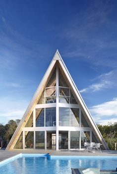 A-Frame ReThink residence by Bromley Caldari
