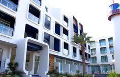 #태국 푸켓 까타비치 슈가 마리나 리조트 너티컬 2017년1월16일부터 완전 착한 프로모션 출시 되었습니당^^ #Sugar Marina Resort Nautical Kata Beach Special Promotion  카타비치에서 아주 유명한 로컬식당 카타마마 씨푸드 레스토랑에서 카타타니호텔 가는쪽으로 조금만 올라가시면 언덕 진입로에 호텔이 있습니다.. 호텔규모는 작은편이지만 관리를 잘해서 가격대비 아주 깔끔하다고 할수가있습니다,, 호텔주변으로 편위시설 조금 부족합니다. 카타비치까지 매인비치까지는 호텔에서 도보로 30분 거리에 있습니다... 단,,,호텔에서 카타마마 씨푸드 레스토랑 까지는 걸어서 5분거리에 있으며 비치를 보면서 식사를 하실수 있습니다.. 착한가격 호텔 원하시는 분들은 참조하세욤^^ http://thaipk.com/index.php?mid=promotion1&category=1858&page=1&document_srl=7216 함께하면 기분좋은여행 타이푸켓 푸켓…