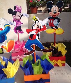 Mickey Mouse Clubhouse birthday party wood guest table centerpiece decoration…