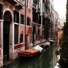 "𝓵𝓾𝓲𝓼𝓪 su Instagram: ""con te mi sento sempre a 𝐜𝐚𝐬𝐚 . . . . . . #veniceitaly #venice #venezia_in #venezia #venezia🇮🇹 #veneziadavivere #veneziaph #veneziaphoto…"" Venice Italy"