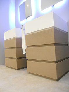 METROPOLIS: arredo bagno / bathroom furniture