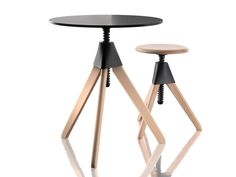 Height-adjustable round coffee table TOPSY – THE WILD BUNCH by Magis design Konstantin Grcic