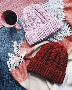 Knit Crochet, Crochet Tops, Mittens, Knitted Hats, Knitting Patterns, Winter Hats, Arts And Crafts, Crafty, Beanies