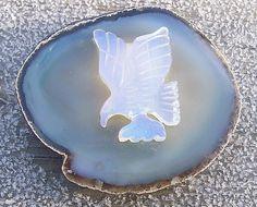 ZenGirl-FirstVarietyStoreOnTheMoon » Bald Eagle Figurine White Onyx on Thick Agate Base Americana New