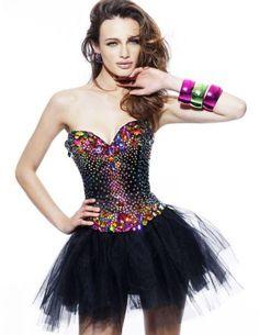 Hermosos Vestidos para Halloween - Para Más Información Ingresa en: http://vestidosdenochecortos.com/hermosos-vestidos-para-halloween/