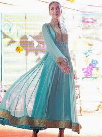 I have a dress made with chiffon and lace that I think would be a good pattern for a dress inspired by this.