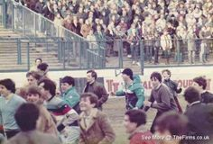 The Firms internet archive of retro football hooligan pictures, below are photos with Tags of 'Portsmouth'. Football Firms, Football Hooliganism, British Football, Football Casuals, Retro Football, School Football, Sergio Tacchini, Sheffield Wednesday, Forest Hill