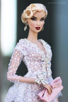 https://flic.kr/p/TeocWE | fashion royalty a fashionable life vanessa | www.etsy.com/shop/BonettaShop?ref=hdr_shop_menu