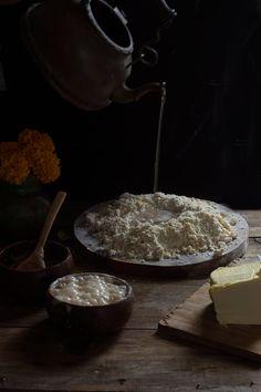 PAN DE MUERTO | RÚSTICA Dairy, Pizza, Cheese, Food, Gold Leaf, Pan De Muerto, Dough Balls, Artisan Bread, Food Recipes