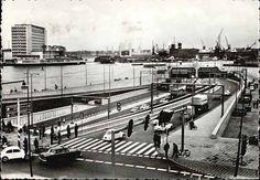 Amsterdam. Zuidelijke ingang van de IJ-tunnel.