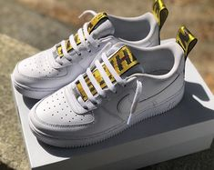 2c4c6d4a2b8d5 Rate these AF1s in emojis White Air Force Ones
