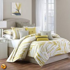 Echo Langa Comforter Set - The Tropical bedding collection offers great looking Hawaiian and tropical themed bedding sets that include duvet covers to comforters all with a tropical look and feel that makes you feel like you ar Home Staging, Tropical Bedding, Tropical Decor, Boudoir, Rooms Ideas, Surf Decor, Mellow Yellow, Grey Yellow, Shabby Chic Homes