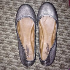 Lucky brand flats Cute comfortable flats! Lucky Brand Shoes Flats & Loafers