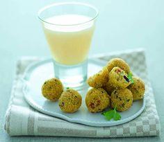 Polpettine di polenta con pomodori secchi e olive