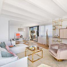 Livingroom Sofa White Gold  #bconnectedlivingconcepts #designdistrictpalma  #bconnectedmallorca