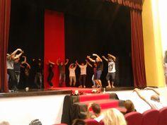 """""""A teatro io vedo il cielo."""" Eugenio Barba  Giornate teatrali rivolte a bambini, adolescenti, adulti a Galatone. L'intento è quello di coinvolgere e sensibilizzare il maggior numero di concittadini all'importanza che la cultura e lo spettacolo possono rappresentare per l'intera comunità."""