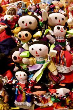"""Marías"" muñecas mexicanas"