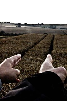 18.forced-perspective-photography