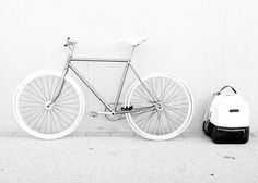 Creating the Men Minimalist Fashion Wardrobe Aesthetic Colors, White Aesthetic, Aesthetic Pictures, Angel Aesthetic, B&w Tumblr, Pure White, Black And White, White Feed, Bike Photography